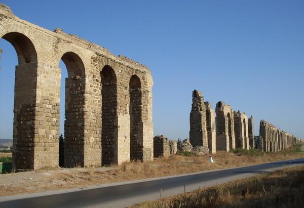 Aqueduc de Zaghouan en Tunisie