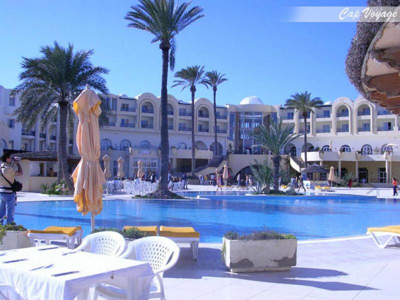 Hotel residence Boujaafar Sousse Tunisie, vue piscine
