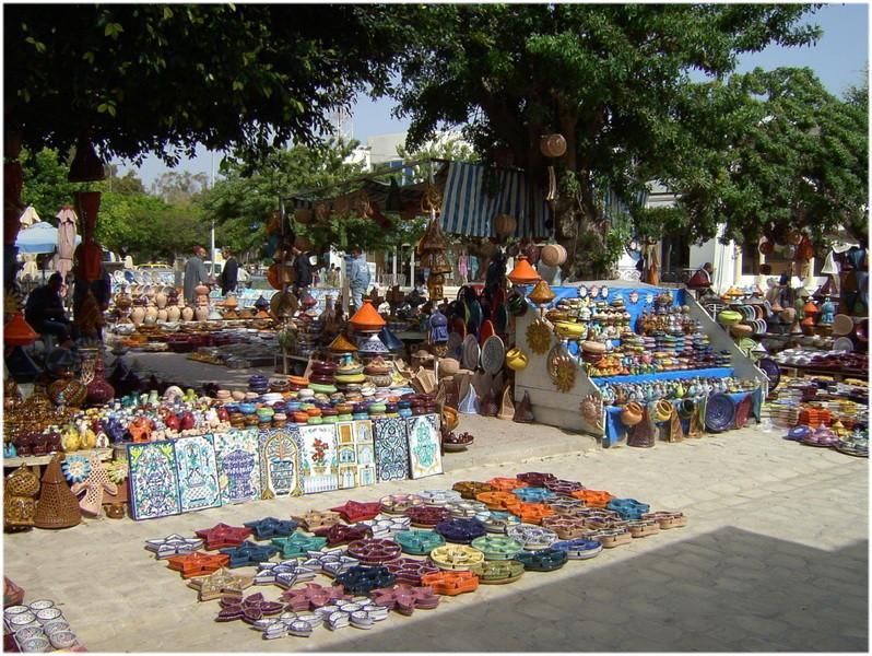 Le marché de poterie de Houmt Souk à Djerba vacances en Tunisie