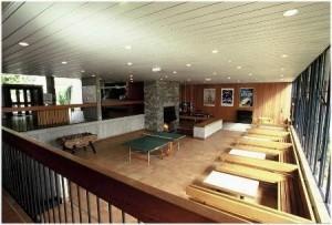 Salle de jeux de l'auberge de jeunesse Ethic Etapes de Brest France