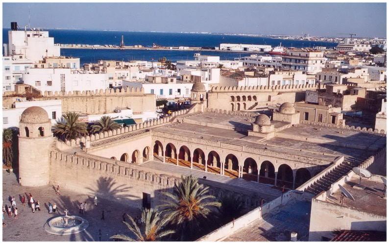 Vue sur la Grande mosquée de Sousse en Tunisie