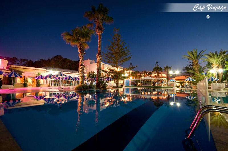 Hotel Abu Sofiane resort, Sousse, Tunisie vue d'interieur , piscine
