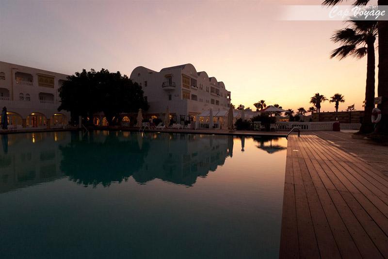 Hotel Pirates Gate Resort and Thalasso Monastir Tunisie, vue piscine