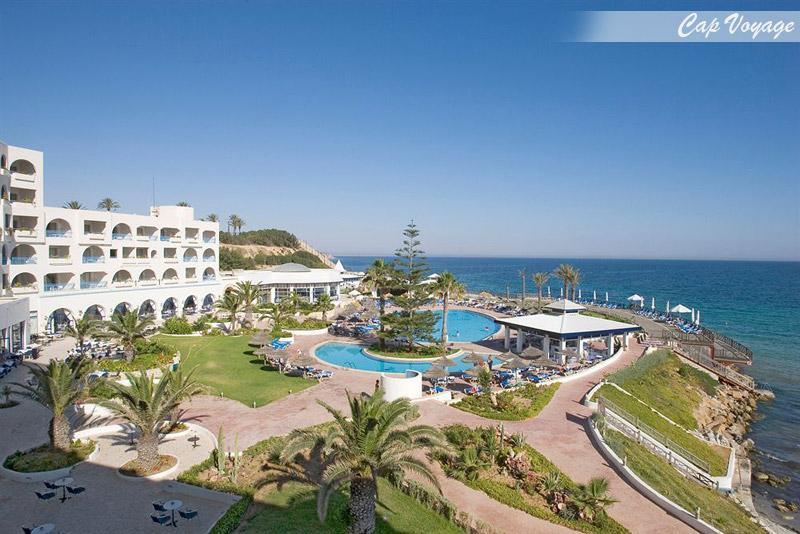Hotel Regency Monastir Tunisie, vue piscine et mer