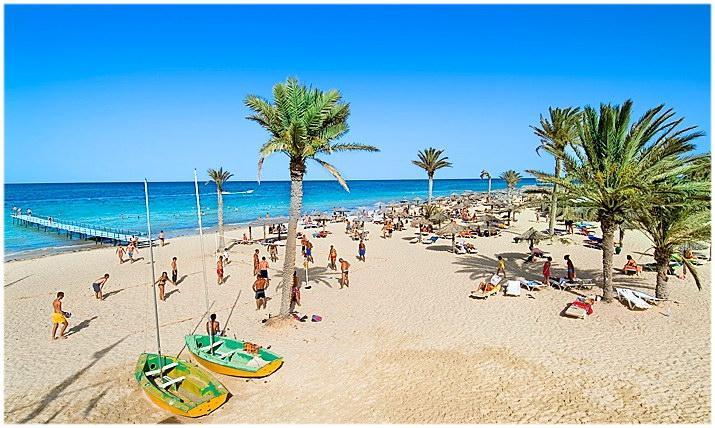 La plage de Zarzis, Voyage en Tunisie