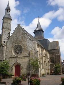 malestroit_bretagne,france-Église_st_gilles_