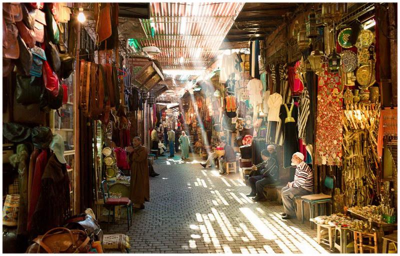 souk medina marrakech guide de voyage du maroc