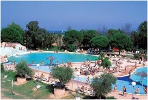 camping le soleil,Port Barcares, region du Languedoc-Roussillon est une station balneaire et lieu de sejour de reve; plage, residences, hotels, campings, villages de vacances,...