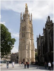 patrimoine,Bordeaux est situee au sud-ouest de la France,departement de la Gironde dans la region Aquitaine a tous les atouts pour un sejour de reve;nature,hébergement