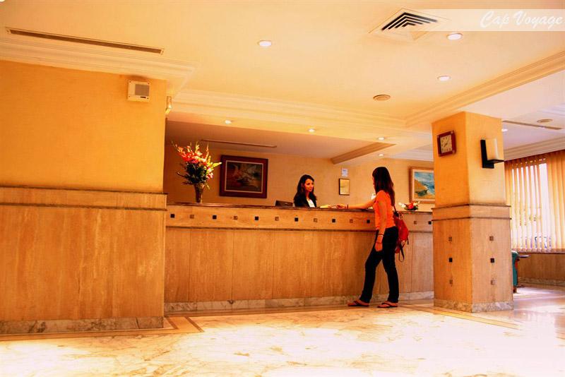 Hotel Yadis Ibn Khaldoun, Tunis, Tunisie vue reception