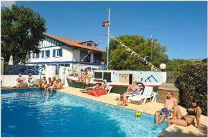 Saint jean de luz aquitaine france cap voyage for Camping st jean de luz bord de mer avec piscine