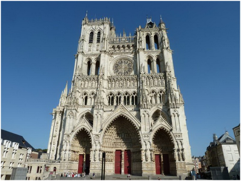 la cath drale notre dame d amiens france cap voyage. Black Bedroom Furniture Sets. Home Design Ideas