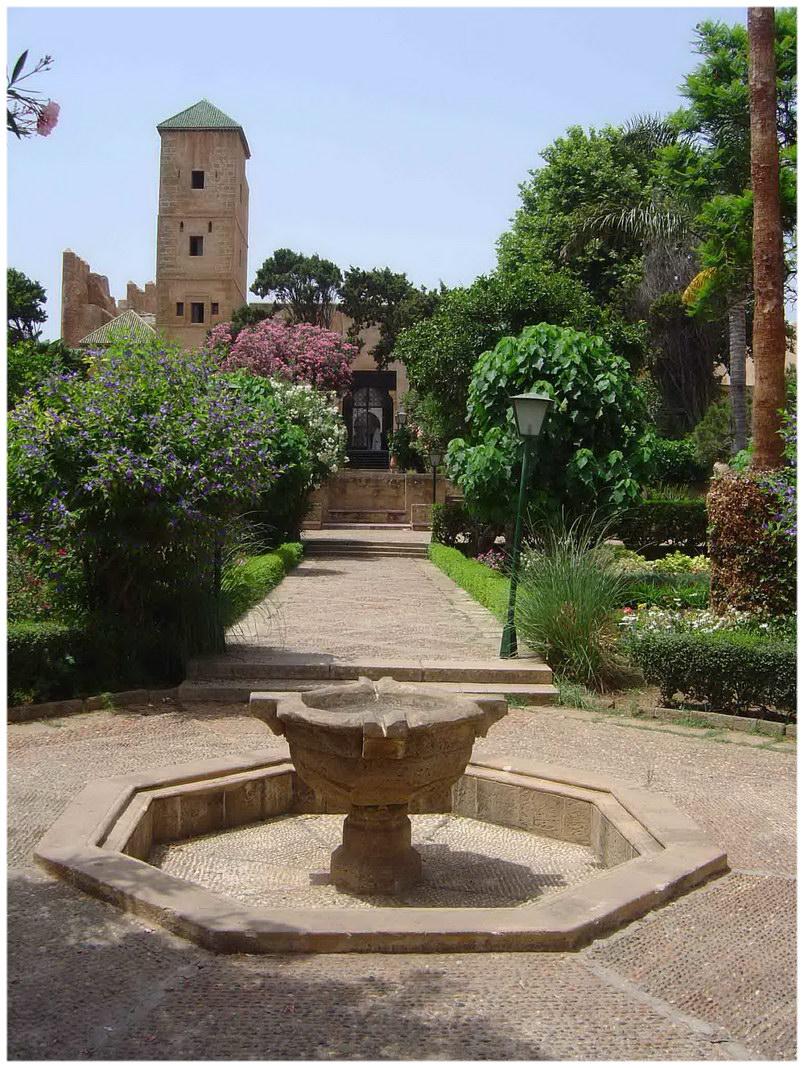 Rabat maroc cap voyage for Jardin oudaya rabat