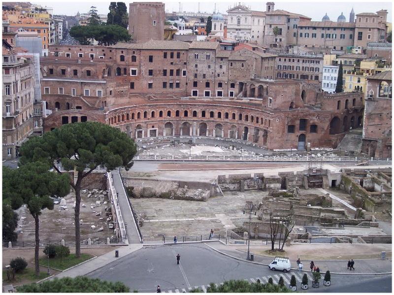 Les Marchés de Trajan, Rome, Italie