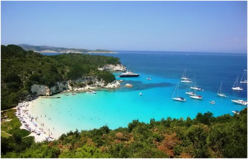 La plage Voutoum, AntiPaxos, Grèce