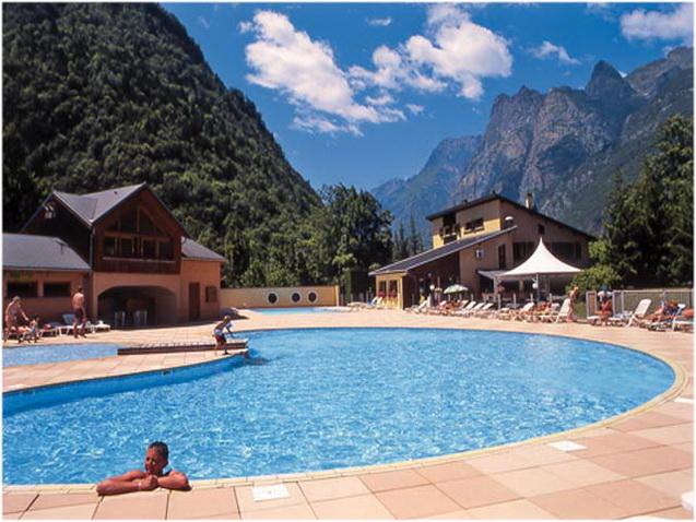 Bourg d 39 oisans - Camping la piscine bourg d oisans ...