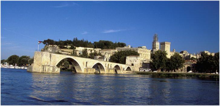 Avignon France  City pictures : Avignon, Provence Alpes Côte d'Azur, France | Cap Voyage