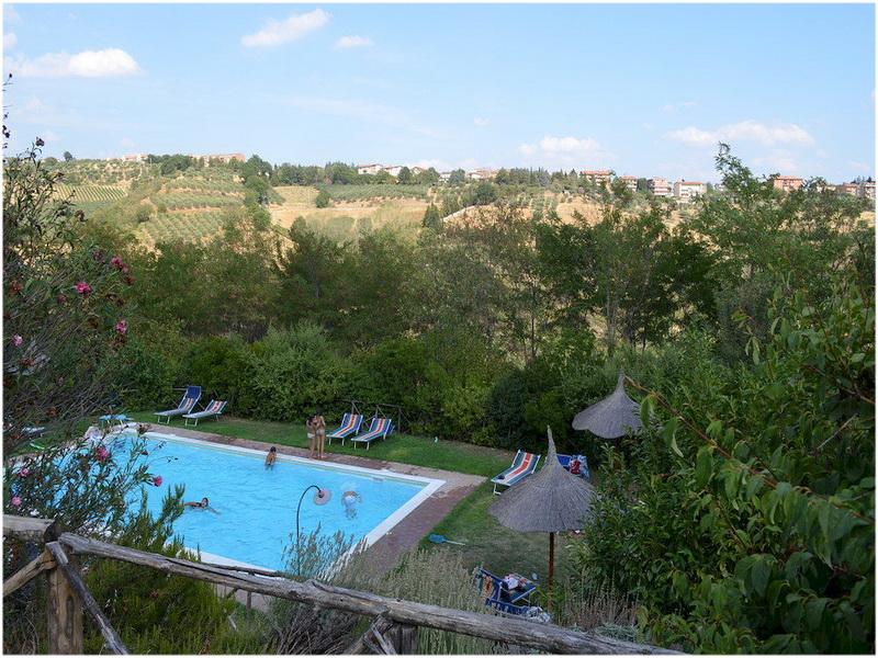 Hotel Agriturismo la Volpe e l'Uva, Perouse, Italie, Piscine