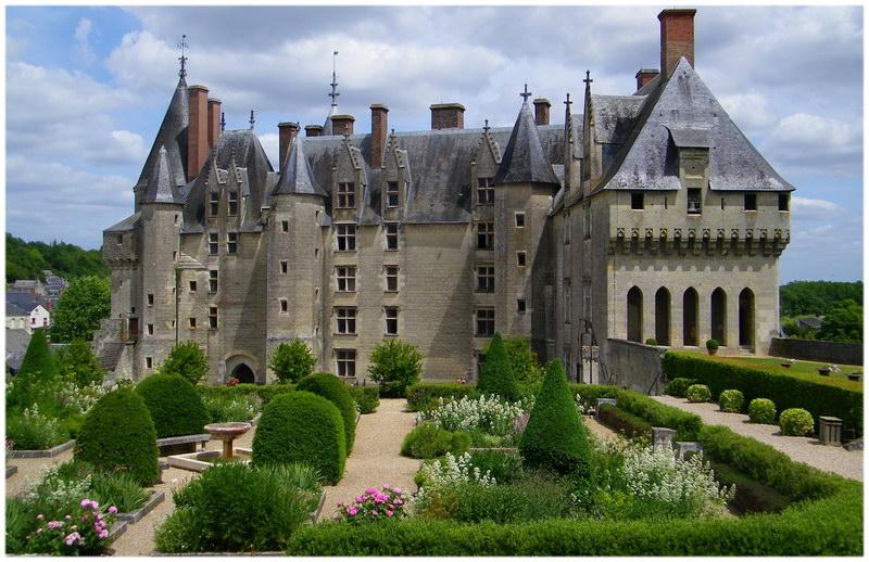 Top 10 des plus beaux ch teaux de la loire en france cap voyage - Les plus beaux jardins des chateaux de la loire ...