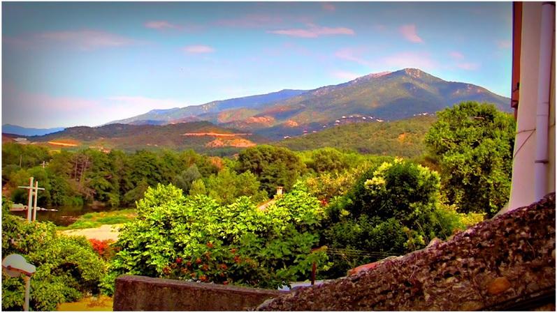 Le boulou languedoc roussillon france cap voyage - Hotel avec jacuzzi dans la chambre pyrenees orientales ...