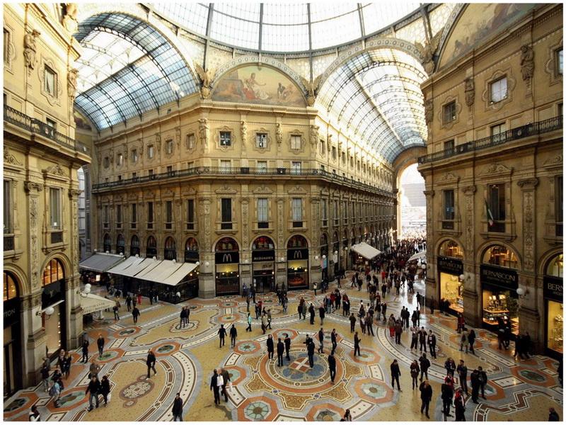 Galleria Vittorio Emanuele II, Milan, Italie
