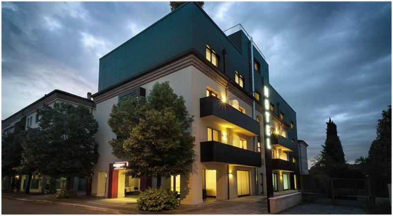Hotel Verone Centre Ville