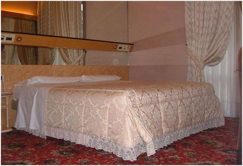 Hotel Roma, Cesano Boscone, Milan, Italie