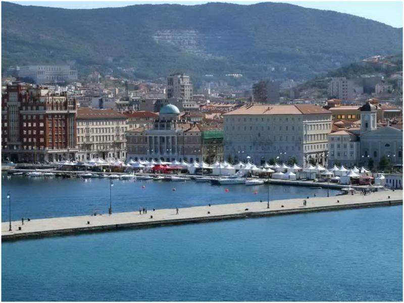 Molo Audace, Trieste, Italie
