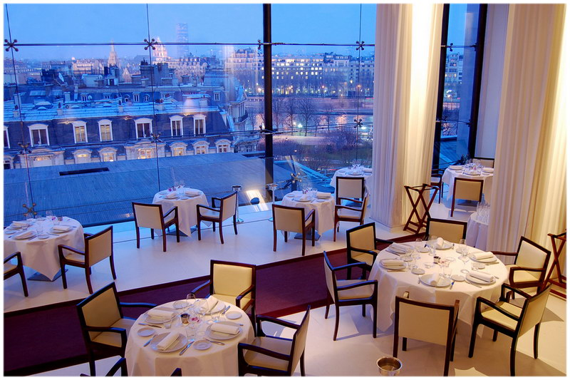 top 10 des restaurants avec les plus belles vues sur paris. Black Bedroom Furniture Sets. Home Design Ideas
