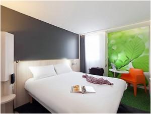 Reims,Marne, Champagne-Ardenne, France, hotel ibis center