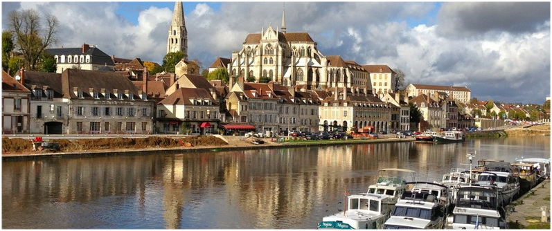 Auxerre yonne bourgogne france cap voyage for Region yonne