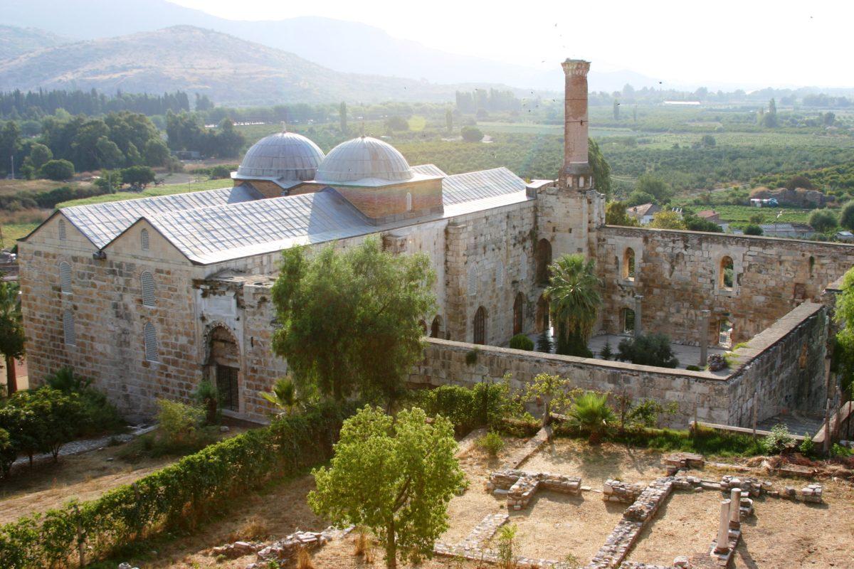 La mosquée dIsa Bey à Selçuk, Ayasoluk, Turquie  Cap Voyage