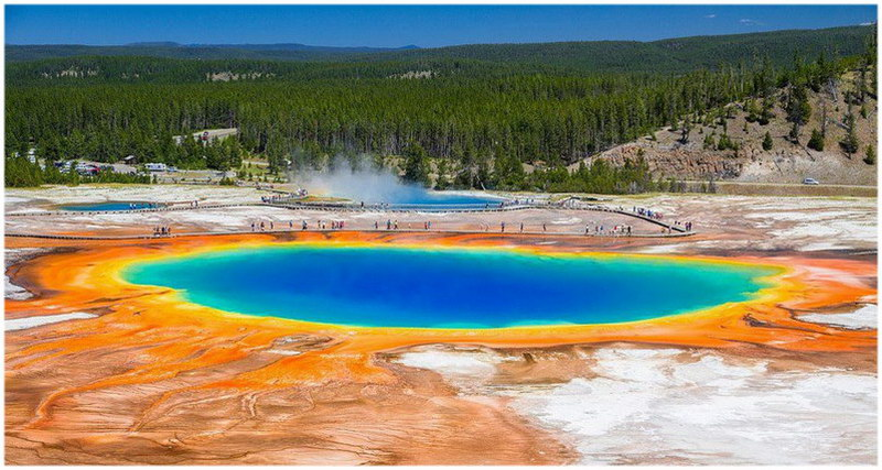 Le Grand Prismatic Spring aux Etats Unis (Wyoming)