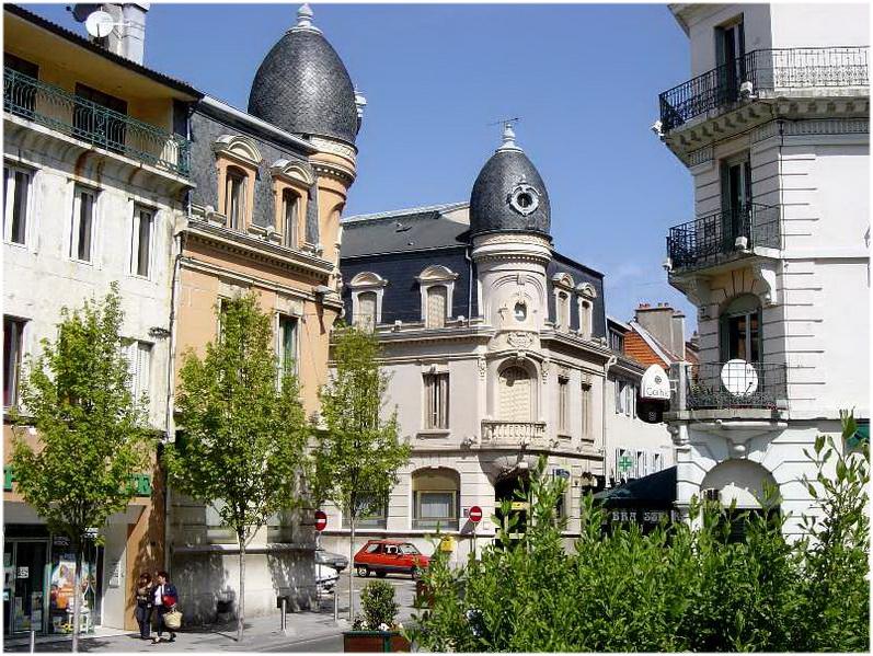 Lyon Est Une Ville Traversee