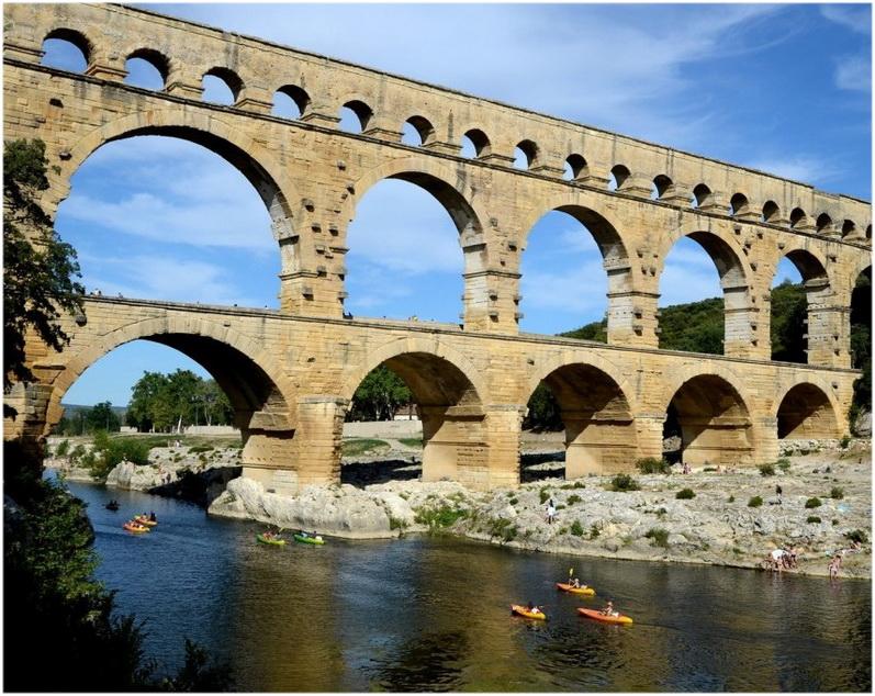 Gard,Languedoc-Roussillon-Midi-Pyrenees,France, le pont