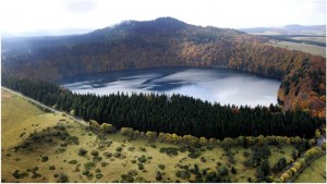 LePuy-de-Dome, Auvergne-Rhone-Alpes, France, lacPavin
