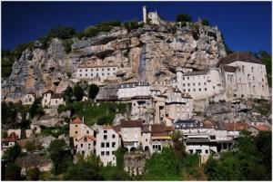 Rocamadour sur la falaiseMidi-Pyrenees, Languedoc-Roussillon, Fr