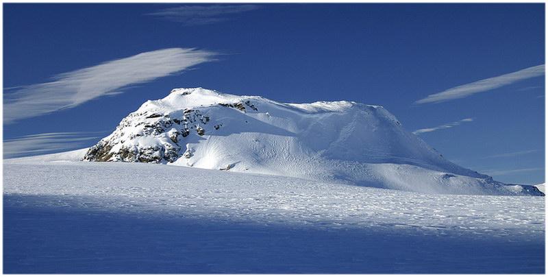 le glacier Hardangerjøkulen.