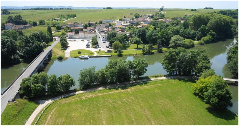 LaCharente, Aquitaine-Limousin-Poitou-Charentes, France
