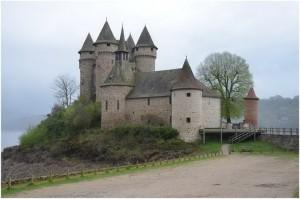 LeCantal,Auvergne-Rhône-Alpes, France, chateau de val