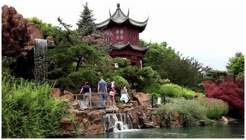Le Jardin botanique et l'insectarium de Montréal.