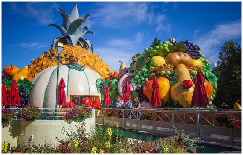 Top 5 des meilleurs parcs d attractions en france cap voyage for Restaurant avec parc