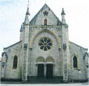 Cusset, Allier, Auvergne-Rhone-Alpes, France, eglise st-saturnin