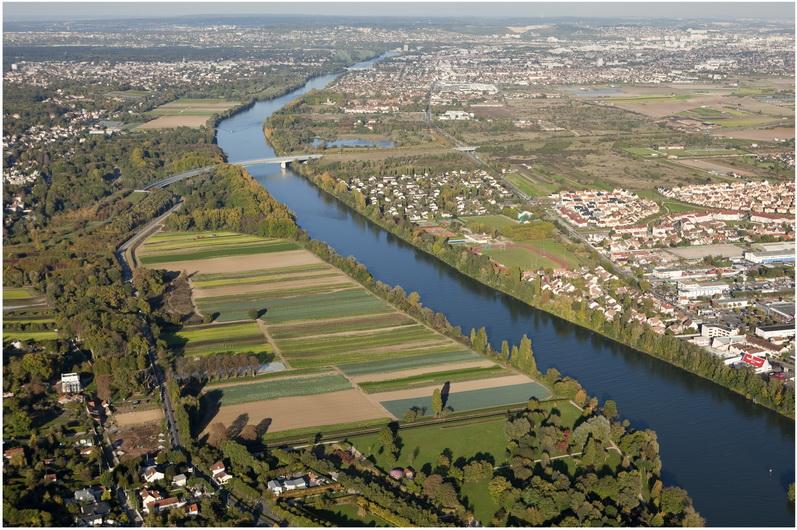 Le Mesnil-le-Roi, Yvelines, Île-de-France,France