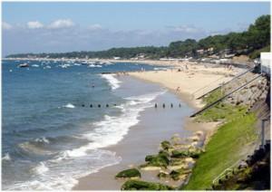 Pyla-sur-Mer,la Gironde, France, plage et corniche