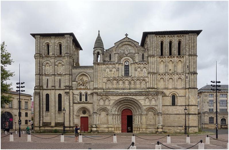 Abbatiale Sainte-Croix de Bordeaux, La Gironde, France