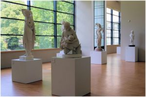 Le musee de Grenoble, Grenoble, Isere, France, statues