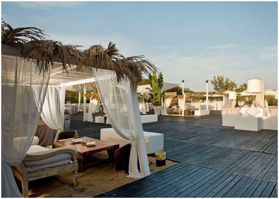 Coccaro-Beach-Club-Pouilles-Italie-clubs-de-plage