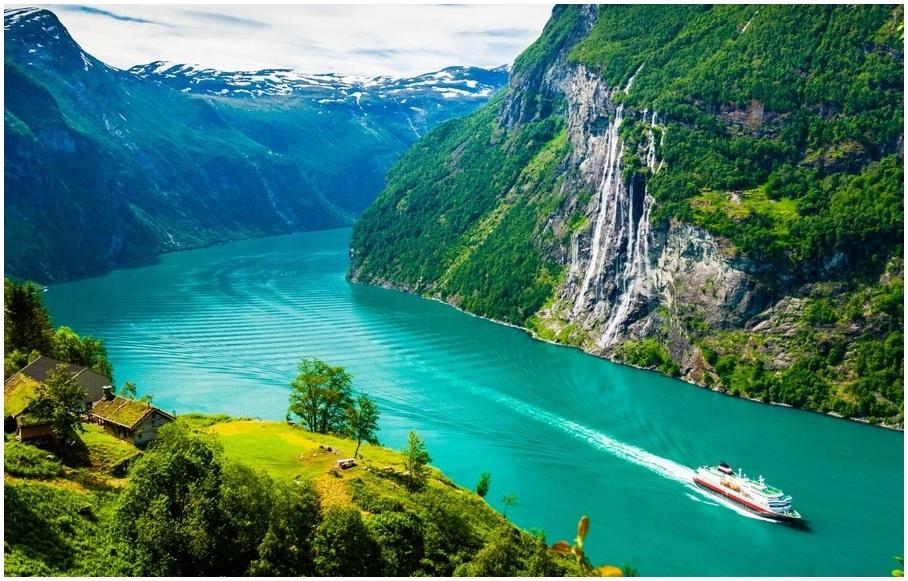 Geirangerfjord-choses-a-faire-en-Norvege-