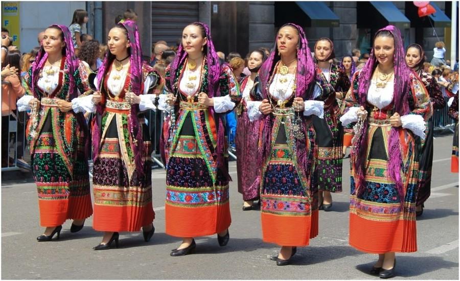Costumes Sardes, voyage en Sardaigne